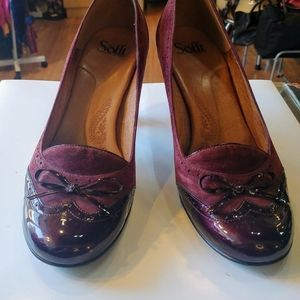Beautiful burgundy suede leather pumps